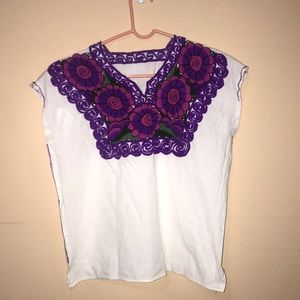 Tops - NWOT floral embroidered top / fiesta shirt /blouse